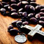 Diecezja zamojsko-lubaczowska – komunikat JE Ks. Biskupa Mariana Rojka o organizowaniu w diecezji w dniach od 15.08 do 7.10 modlitwy różańcowej za Ojczyznę.