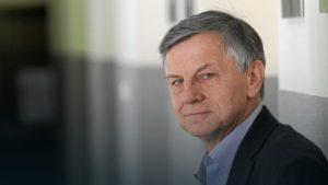 Sztuczna inteligencja (SI, ang. AI): Prof. Zybertowicz postuluje moratorium technologiczne. zybertowicz