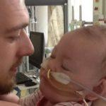 Sprawa Alfiego Evansa: Barbarzyńska a nie Wielka Brytania oraz książeczka szczepień chłopca