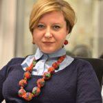 """Nowy, wielokulturowy świat. Rybińska w """"Sieci"""": Według ONZ migranci wyleczą świat, w tym Polskę, z kulturowych i religijnych przesądów"""